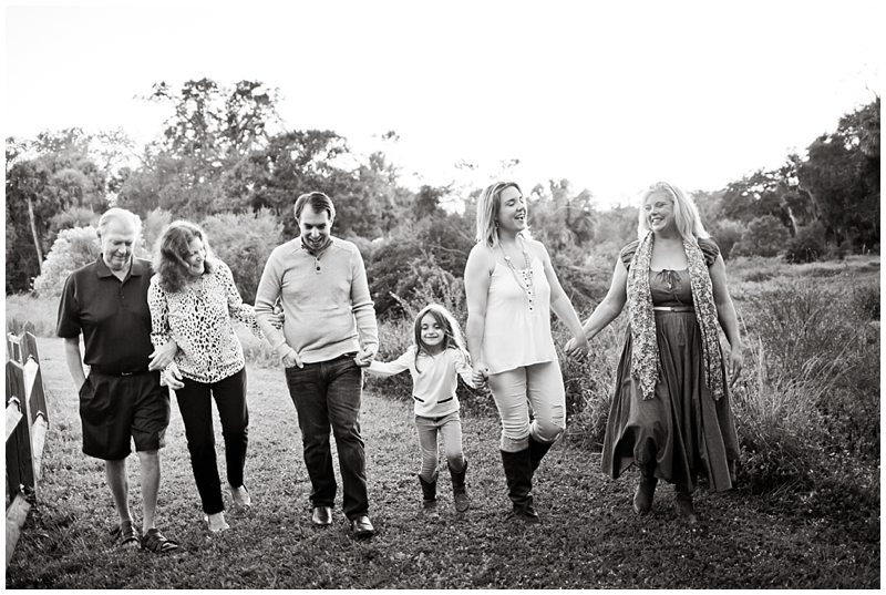 Riverbend Park Jupiter Family Christmas Portraits by Chelsea Victoria